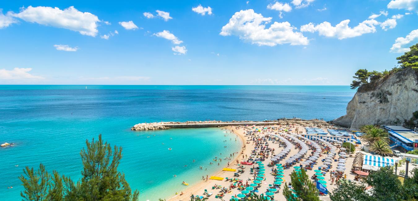 Spiaggia e mare delle Marche